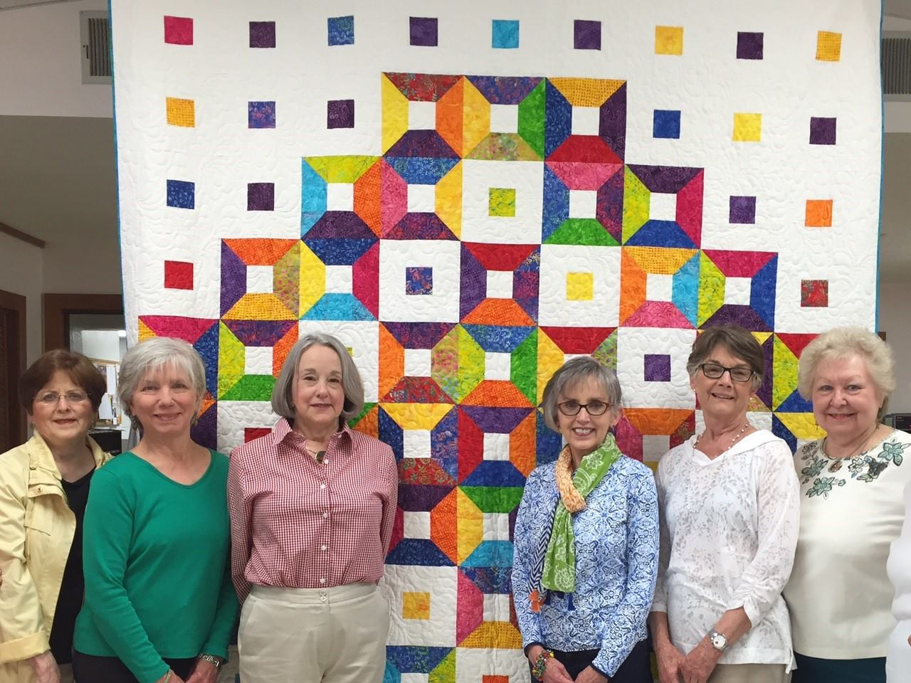 Quilt art by the shady ladies exhibition folkmoot usa for Quilt and craft show
